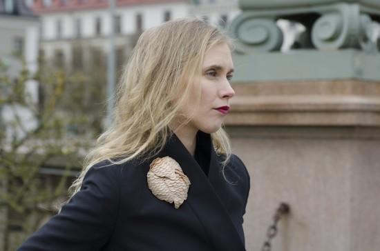 Fjällfink, brooch, 2017 by Karin Roy Andersson